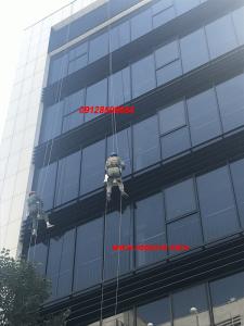 خدمات نمای ساختمان ارتفاع نوردان