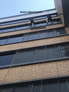 رزین نمای ساختمان با طناب